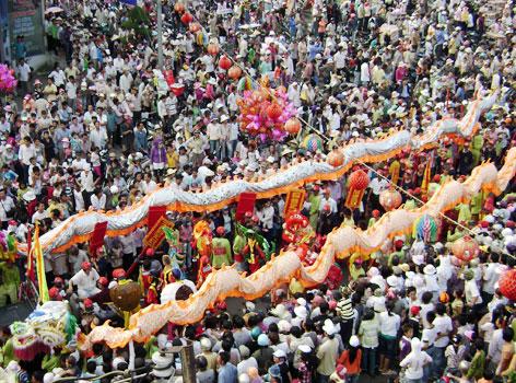 Bình Dương - Lễ hội chùa Bà Thiên Hậu