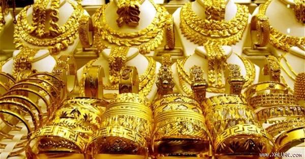Đô la xuống thấp tạo điều kiện cho giá vàng thế giới lên cao