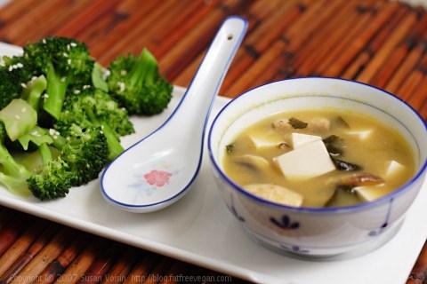 Món ăn phổ biến trong lễ hội hoa anh đào ở Nhật