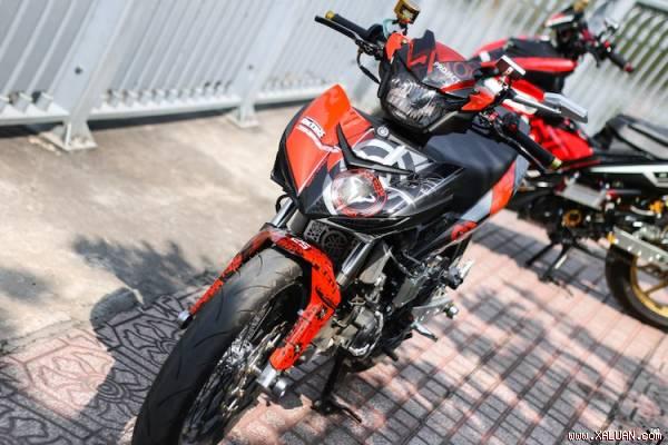 'Vua đường phố' Yamaha Exciter 150 độ bánh căm độc tại VN