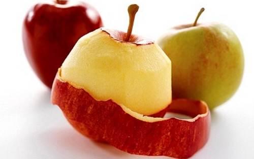 Image result for Vỏ táo bạn xay nhuyễn. - Trộn với bột mì với nước