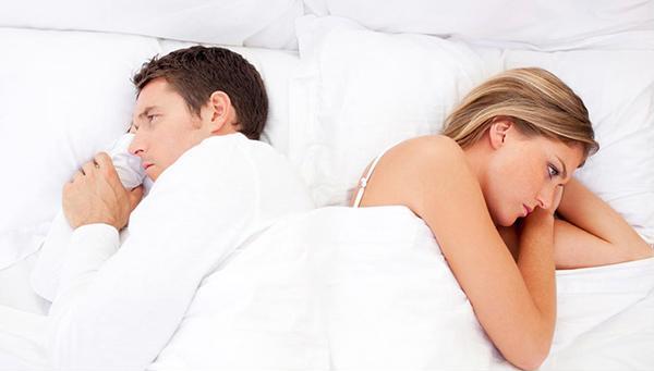Nguyên nhân vợ chồng quan hệ có mùi hôi là gì?