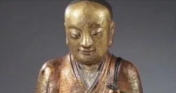 kinh-ngac-tuong-phat-1000-nam-tuoi-chua-xac-uop-thien-su-Hinh-6