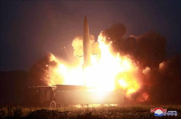 Một vụ thử vũ khí dẫn đường chiến thuật kiểu mới được Triều Tiên thực hiện ngày 6/8. Ảnh (do KCNA đăng phát ngày 7/8/2019):