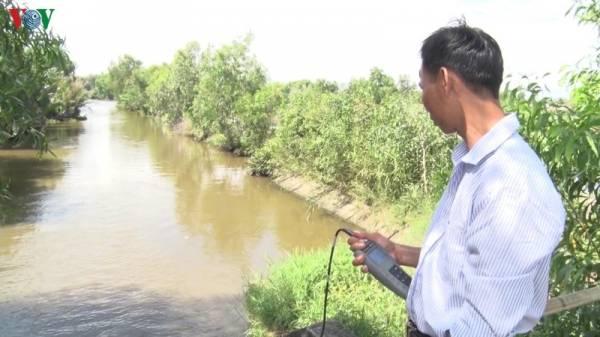 Ngành chức năng tỉnh Hậu Giang thường xuyên theo dõi diễn biến mặn trên các kênh rạch.