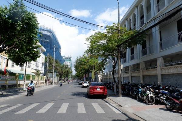 The streets in Da Nang are bustling with Korean tourists