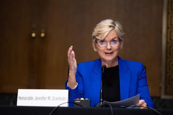 Thượng viện Mỹ xác nhận bà Jennifer Granholm làm Bộ trưởng Năng lượng thumbnail